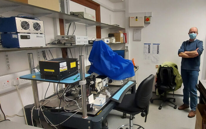 Diode laser upgrade to existing gas laser spinning disk setup